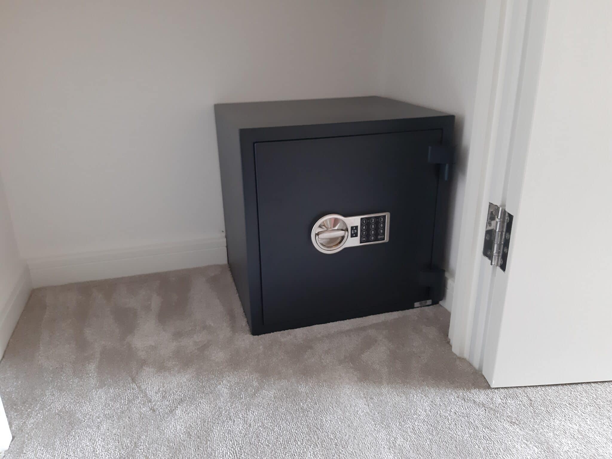 Putney Size 3 Digital Safe
