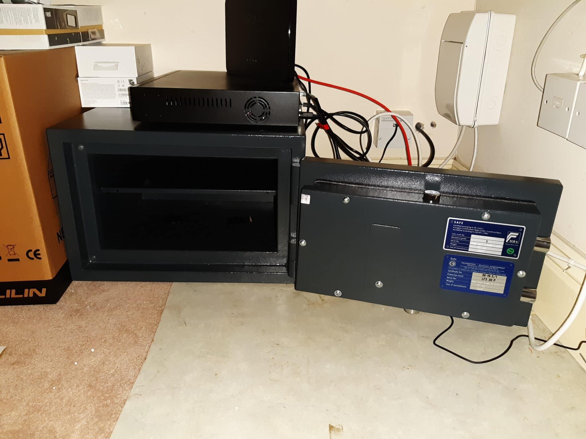 Putney Size 2 Digital Safe